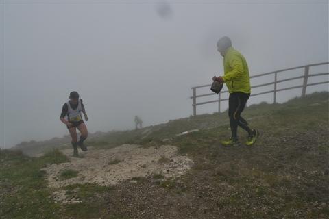 TRAIL di PIZZO San Michele N°3157 FOTO scattate a raffica in VETTA da Peppe Dalessio con nebbia e gran freddo - foto 807