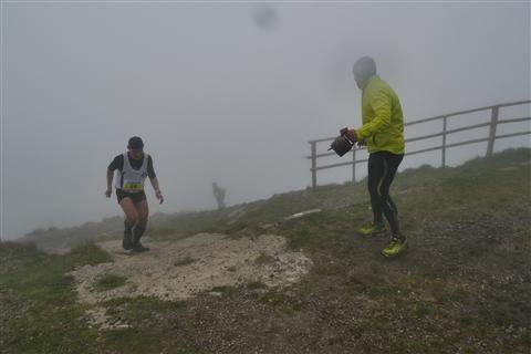 TRAIL di PIZZO San Michele N°3157 FOTO scattate a raffica in VETTA da Peppe Dalessio con nebbia e gran freddo - foto 810