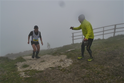 TRAIL di PIZZO San Michele N°3157 FOTO scattate a raffica in VETTA da Peppe Dalessio con nebbia e gran freddo - foto 816