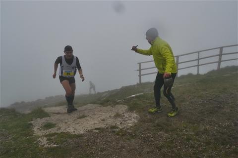 TRAIL di PIZZO San Michele N°3157 FOTO scattate a raffica in VETTA da Peppe Dalessio con nebbia e gran freddo - foto 817
