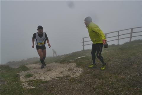 TRAIL di PIZZO San Michele N°3157 FOTO scattate a raffica in VETTA da Peppe Dalessio con nebbia e gran freddo - foto 818