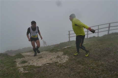 TRAIL di PIZZO San Michele N°3157 FOTO scattate a raffica in VETTA da Peppe Dalessio con nebbia e gran freddo - foto 819