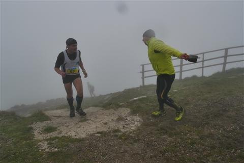 TRAIL di PIZZO San Michele N°3157 FOTO scattate a raffica in VETTA da Peppe Dalessio con nebbia e gran freddo - foto 820