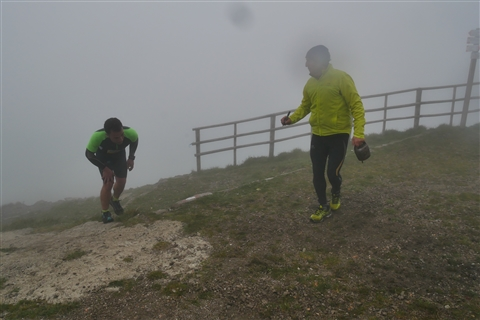 TRAIL di PIZZO San Michele N°3157 FOTO scattate a raffica in VETTA da Peppe Dalessio con nebbia e gran freddo - foto 834