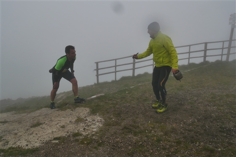 TRAIL di PIZZO San Michele N°3157 FOTO scattate a raffica in VETTA da Peppe Dalessio con nebbia e gran freddo - foto 836
