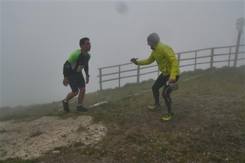 TRAIL di PIZZO San Michele N°3157 FOTO scattate a raffica in VETTA da Peppe Dalessio con nebbia e gran freddo - foto 838