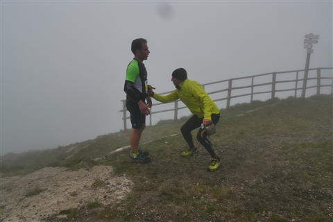 TRAIL di PIZZO San Michele N°3157 FOTO scattate a raffica in VETTA da Peppe Dalessio con nebbia e gran freddo - foto 845
