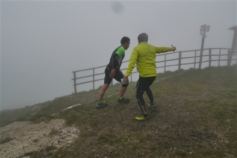 TRAIL di PIZZO San Michele N°3157 FOTO scattate a raffica in VETTA da Peppe Dalessio con nebbia e gran freddo - foto 855