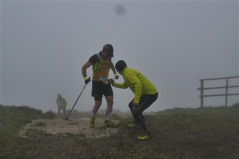TRAIL di PIZZO San Michele N°3157 FOTO scattate a raffica in VETTA da Peppe Dalessio con nebbia e gran freddo - foto 867
