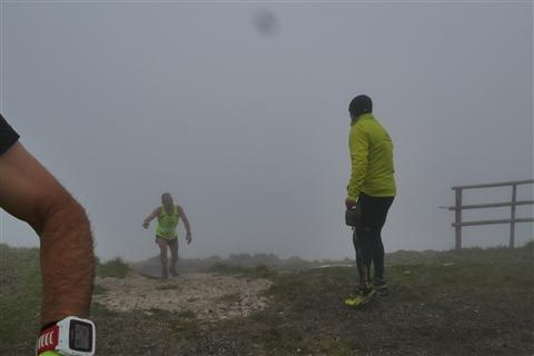 TRAIL di PIZZO San Michele N°3157 FOTO scattate a raffica in VETTA da Peppe Dalessio con nebbia e gran freddo - foto 893