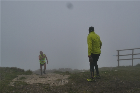 TRAIL di PIZZO San Michele N°3157 FOTO scattate a raffica in VETTA da Peppe Dalessio con nebbia e gran freddo - foto 896