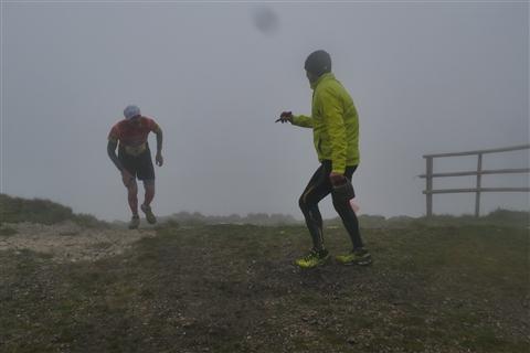 TRAIL di PIZZO San Michele N°3157 FOTO scattate a raffica in VETTA da Peppe Dalessio con nebbia e gran freddo - foto 954