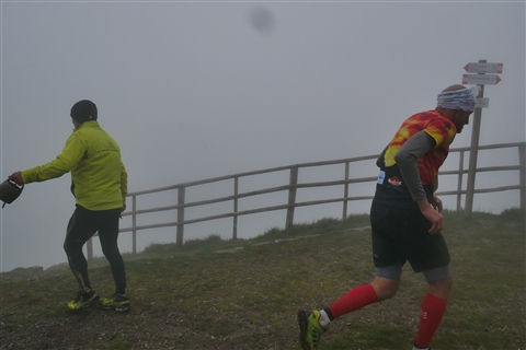TRAIL di PIZZO San Michele N°3157 FOTO scattate a raffica in VETTA da Peppe Dalessio con nebbia e gran freddo - foto 981