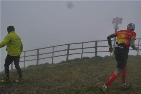 TRAIL di PIZZO San Michele N°3157 FOTO scattate a raffica in VETTA da Peppe Dalessio con nebbia e gran freddo - foto 983