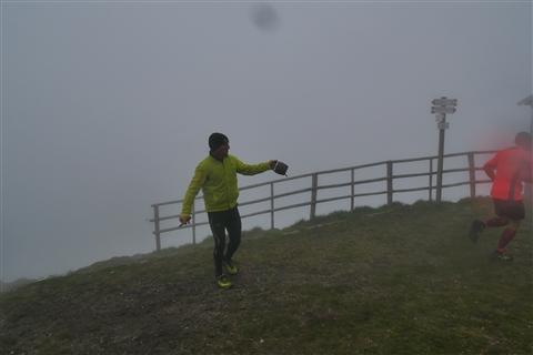 TRAIL di PIZZO San Michele N°3157 FOTO scattate a raffica in VETTA da Peppe Dalessio con nebbia e gran freddo - foto 1009