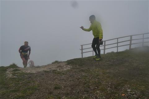 TRAIL di PIZZO San Michele N°3157 FOTO scattate a raffica in VETTA da Peppe Dalessio con nebbia e gran freddo - foto 1013