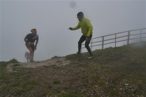 TRAIL di PIZZO San Michele N°3157 FOTO scattate a raffica in VETTA da Peppe Dalessio con nebbia e gran freddo - foto 1022