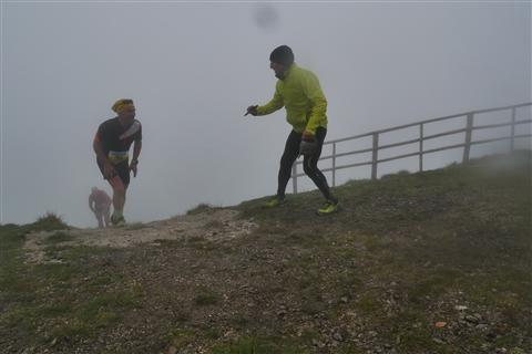 TRAIL di PIZZO San Michele N°3157 FOTO scattate a raffica in VETTA da Peppe Dalessio con nebbia e gran freddo - foto 1023