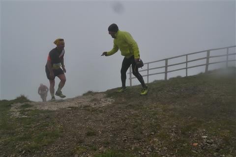 TRAIL di PIZZO San Michele N°3157 FOTO scattate a raffica in VETTA da Peppe Dalessio con nebbia e gran freddo - foto 1025
