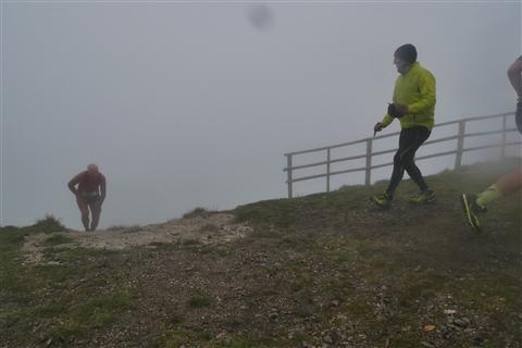 TRAIL di PIZZO San Michele N°3157 FOTO scattate a raffica in VETTA da Peppe Dalessio con nebbia e gran freddo - foto 1046