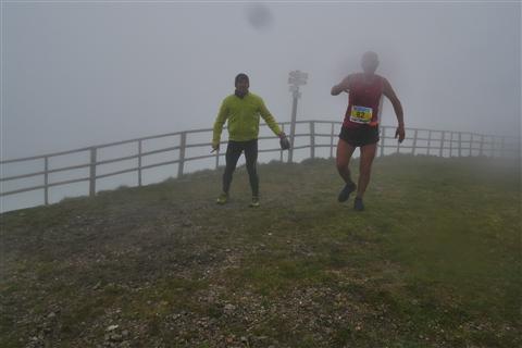 TRAIL di PIZZO San Michele N°3157 FOTO scattate a raffica in VETTA da Peppe Dalessio con nebbia e gran freddo - foto 1087
