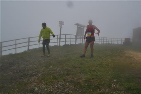 TRAIL di PIZZO San Michele N°3157 FOTO scattate a raffica in VETTA da Peppe Dalessio con nebbia e gran freddo - foto 1095