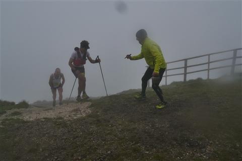 TRAIL di PIZZO San Michele N°3157 FOTO scattate a raffica in VETTA da Peppe Dalessio con nebbia e gran freddo - foto 1100