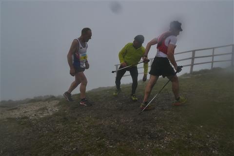 TRAIL di PIZZO San Michele N°3157 FOTO scattate a raffica in VETTA da Peppe Dalessio con nebbia e gran freddo - foto 1126