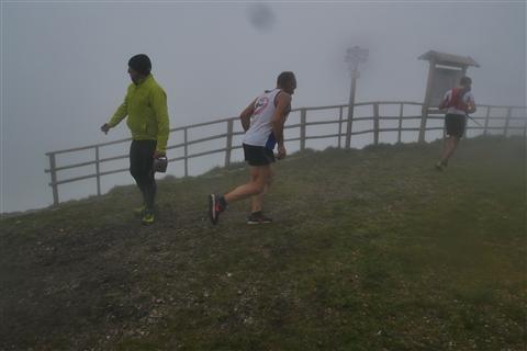 TRAIL di PIZZO San Michele N°3157 FOTO scattate a raffica in VETTA da Peppe Dalessio con nebbia e gran freddo - foto 1147