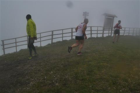 TRAIL di PIZZO San Michele N°3157 FOTO scattate a raffica in VETTA da Peppe Dalessio con nebbia e gran freddo - foto 1150