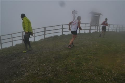 TRAIL di PIZZO San Michele N°3157 FOTO scattate a raffica in VETTA da Peppe Dalessio con nebbia e gran freddo - foto 1151