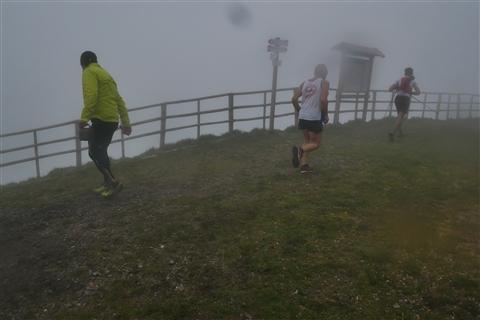 TRAIL di PIZZO San Michele N°3157 FOTO scattate a raffica in VETTA da Peppe Dalessio con nebbia e gran freddo - foto 1153