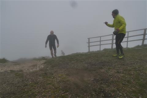 TRAIL di PIZZO San Michele N°3157 FOTO scattate a raffica in VETTA da Peppe Dalessio con nebbia e gran freddo - foto 1154