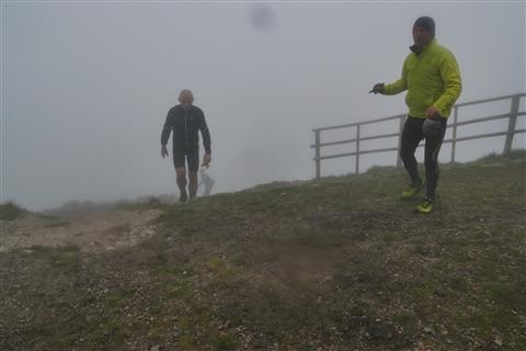 TRAIL di PIZZO San Michele N°3157 FOTO scattate a raffica in VETTA da Peppe Dalessio con nebbia e gran freddo - foto 1159