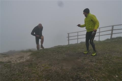 TRAIL di PIZZO San Michele N°3157 FOTO scattate a raffica in VETTA da Peppe Dalessio con nebbia e gran freddo - foto 1164