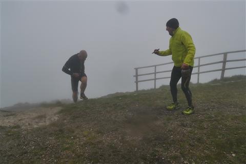TRAIL di PIZZO San Michele N°3157 FOTO scattate a raffica in VETTA da Peppe Dalessio con nebbia e gran freddo - foto 1165