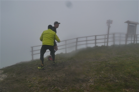 TRAIL di PIZZO San Michele N°3157 FOTO scattate a raffica in VETTA da Peppe Dalessio con nebbia e gran freddo - foto 1219