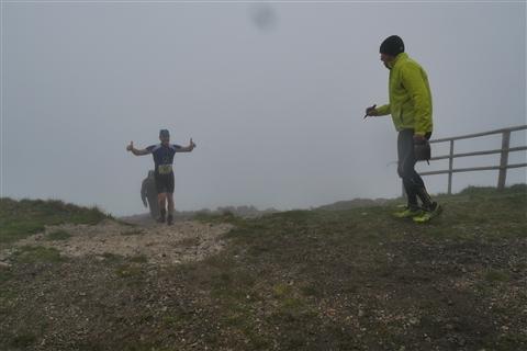 TRAIL di PIZZO San Michele N°3157 FOTO scattate a raffica in VETTA da Peppe Dalessio con nebbia e gran freddo - foto 1232