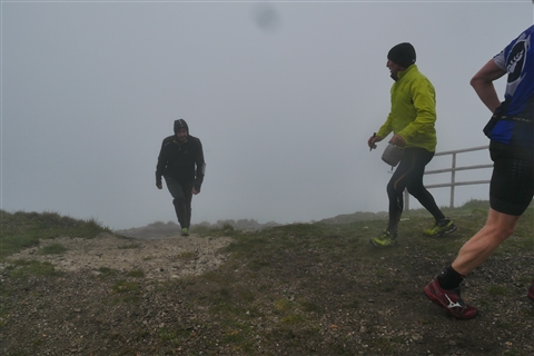 TRAIL di PIZZO San Michele N°3157 FOTO scattate a raffica in VETTA da Peppe Dalessio con nebbia e gran freddo - foto 1270