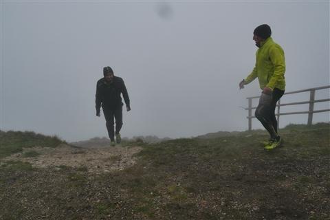TRAIL di PIZZO San Michele N°3157 FOTO scattate a raffica in VETTA da Peppe Dalessio con nebbia e gran freddo - foto 1273