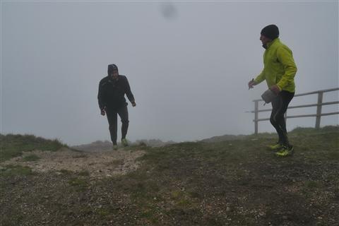 TRAIL di PIZZO San Michele N°3157 FOTO scattate a raffica in VETTA da Peppe Dalessio con nebbia e gran freddo - foto 1274