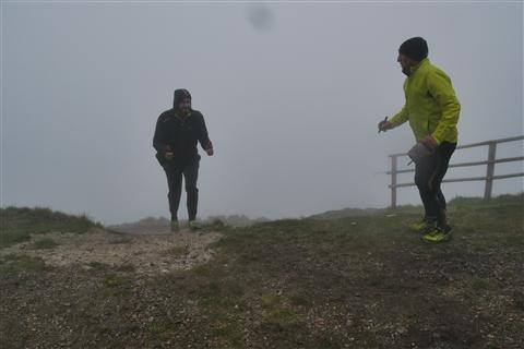 TRAIL di PIZZO San Michele N°3157 FOTO scattate a raffica in VETTA da Peppe Dalessio con nebbia e gran freddo - foto 1276