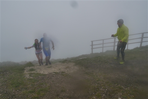 TRAIL di PIZZO San Michele N°3157 FOTO scattate a raffica in VETTA da Peppe Dalessio con nebbia e gran freddo - foto 1422