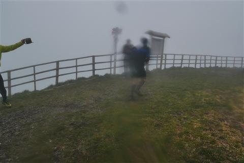 TRAIL di PIZZO San Michele N°3157 FOTO scattate a raffica in VETTA da Peppe Dalessio con nebbia e gran freddo - foto 1582