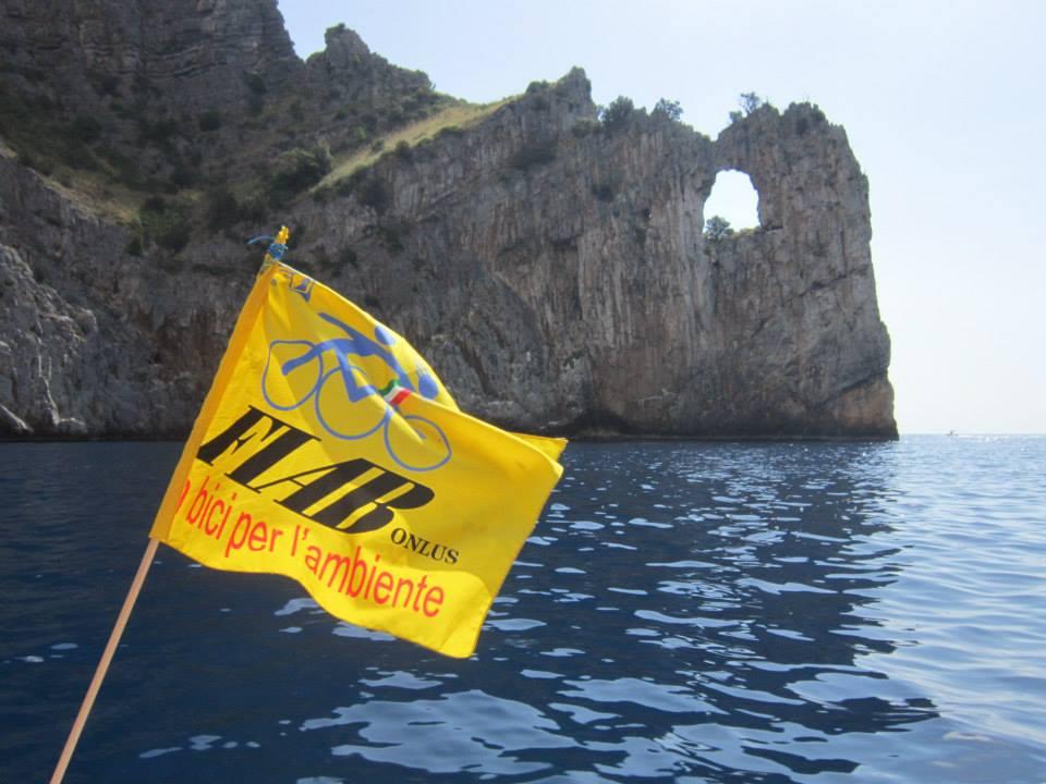 Cicloescursione FIAB - treno+bici+barca -Palinuro-